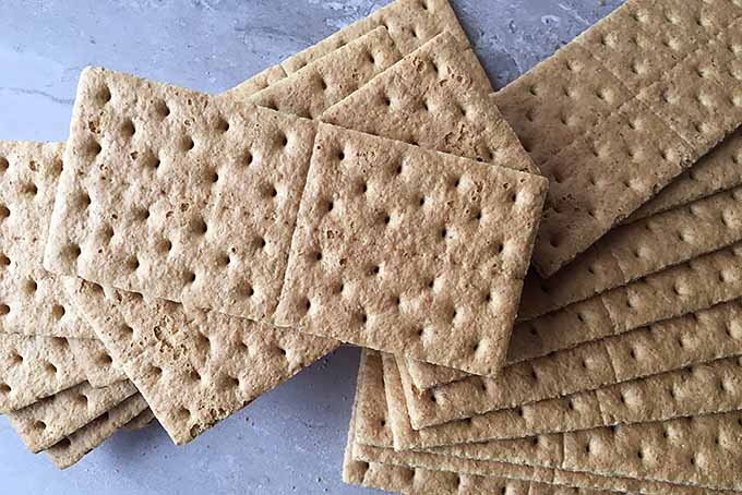 Graham Crackers for a Cheesecake Crust | Foodal.com
