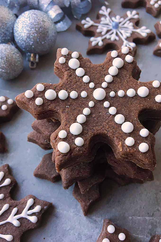 Need a new idea for holiday baking? Try our fudgy brownie sugar cookie cut-outs this year! We share the recipe: https://foodal.com/recipes/cookies/brownie-roll-out/