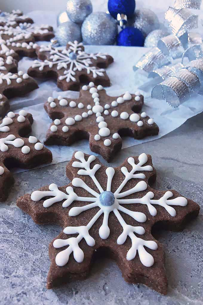 These soft chocolate cookies taste like brownies, and are the perfect holiday update to your usual sugar cut-outs! We share the recipe: https://foodal.com/recipes/cookies/brownie-roll-out/