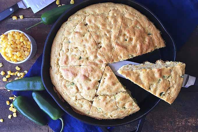 Skillet Jalapeno Cornbread | Foodal.com