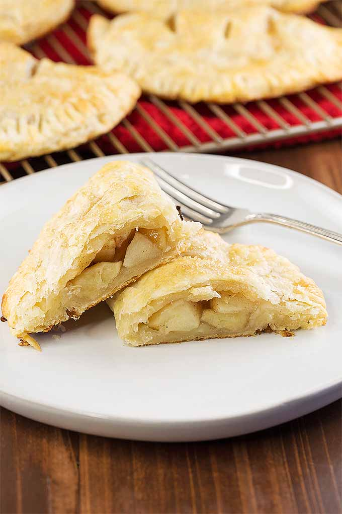 Dig in to a plateful of delicious apple hand pie for dessert. | Foodal.com