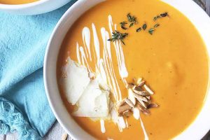 Velvety Carrot Soup – When Veggie Puree is Actually Cool to Eat