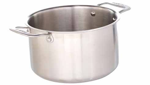 Horizontal image of the Made In Stockpot