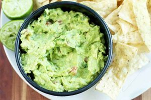 This Made-From-Scratch Guacamole Is the Best You'll Ever Taste
