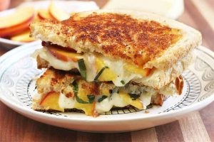 Up Your Sandwich Game with the Best Peach Basil Grilled Cheese Recipe
