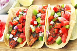 Give Your Dinner a Louisiana Twist with the Best Cajun Chicken Tacos