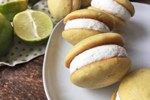Mini Vegan Key Lime Whoopie Pies