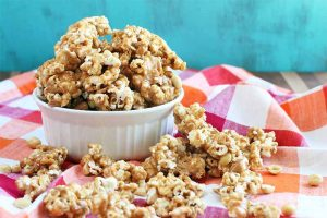 Make Snack Time Count with Homemade Pumpkin Spice Peanut Butter Popcorn