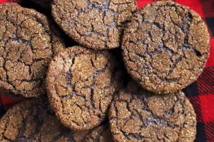 Absolutely Perfect Dark Chocolate Cookies Make a Delicious Afternoon Snack