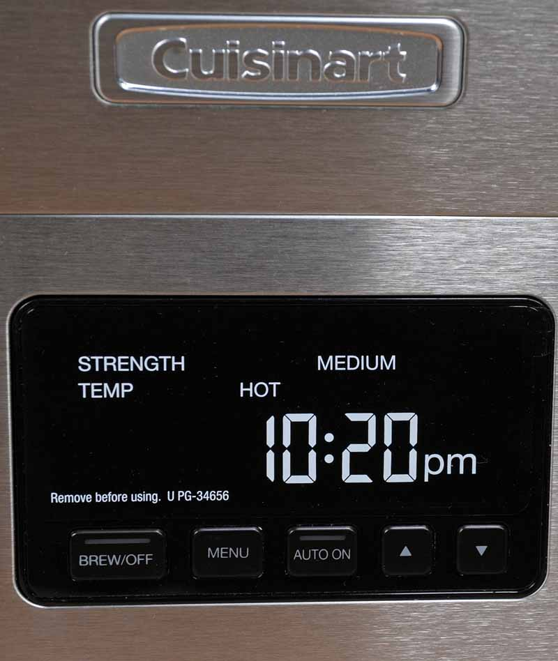 A closeup view of the LCD display and control panel on the Cuisinart CPO-800/850.