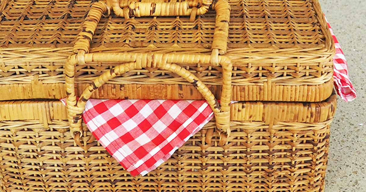 How To Pack A Picnic Basket Our Favorite Must Have Essentials Foodal