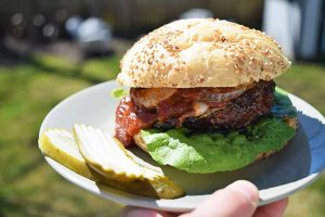 Coffee-Rubbed Barbecue Cheeseburgers
