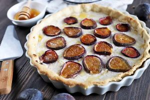 This Fresh Fig Tart with Ricotta Filling Is the Dreamy Summer Dessert You've Been Waiting For