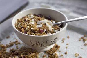 Soaked Oatmeal Cookie Granola for a Nostalgic Way to Start Your Day