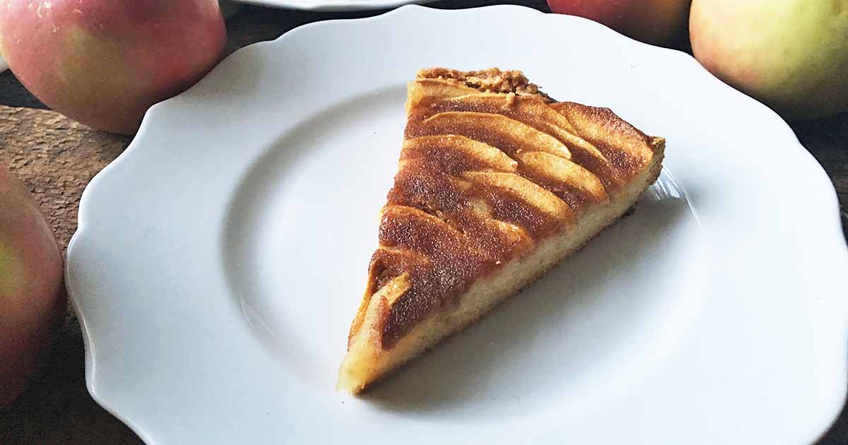 Apple Tart Cake With Cinnamon Sugar Topping Foodal