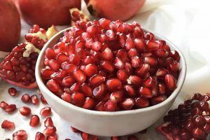 How to Prep a Pomegranate