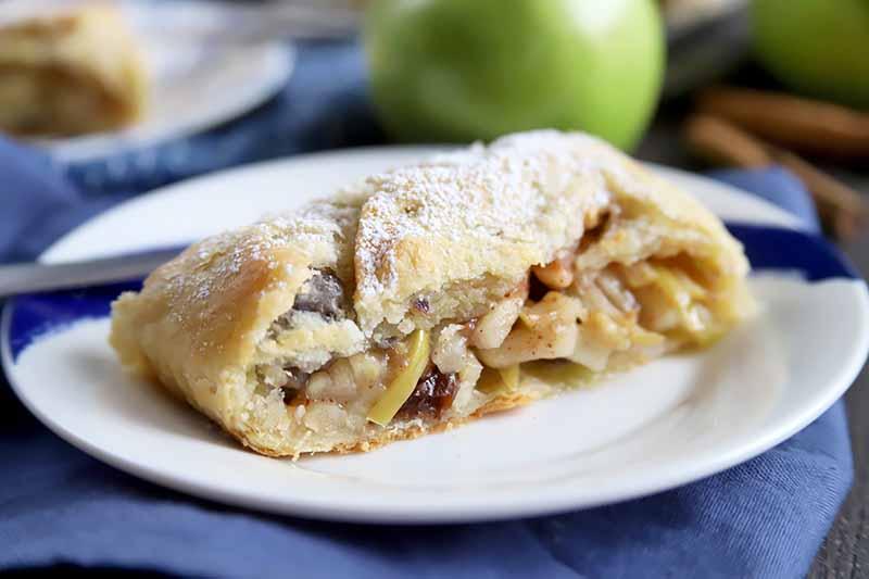 The Perfect Apple Strudel Recipe Foodal