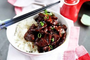 This Easy Mongolian Beef will Have You Licking the Plate