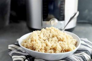 How to Cook Brown Rice in an Electric Pressure Cooker (Instant Pot Brown Rice)