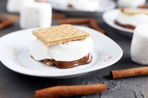 You Don't Need a Bonfire to Make These Cinnamon S'mores