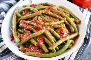 Italian-Style Green Beans: A Simple Savory Side