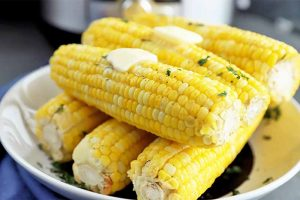 How to Cook Corn on the Cob in an Electric Pressure Cooker