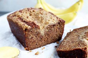 The Best Banana Bread with Cinnamon Streusel Topping