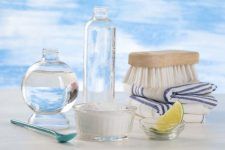 11 Ways to Clean Stains From Pastic   Foodal.com