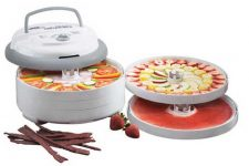 A Review of the Nesco Snackmaster Pro Food Dehydrator FD-75A | Foodal.com