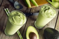 Banana Avocado Smoothie | Fooal.com