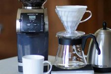 Baratza Vario W Weight Based Coffee Grinder Review | Foodal.com