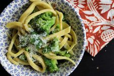 Broccoli & Garlic Sauce Recipe