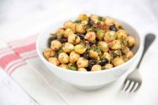 Chickpea and Black Bean Vegetarian Salad with Fresh Herbs | Foodal.com