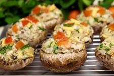 Lynnes stuffed mushrooms | Foodal.com