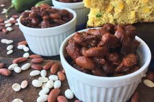Slow Cooker Baked Beans | Foodal.com