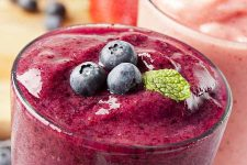 Start Your Day With a Healthy and Delicious Smoothie | Foodal.com