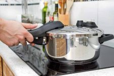 Pressure Cookers are now safe to use | Foodal.com