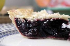 White Balsamic Black Cherry Pie | Foodal.com
