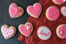 The Cutest Cookie Decorating Tips for Valentine