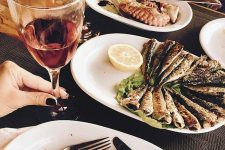 Feast of Seven Fishes: An Italian-Style Christmas Dinner | Foodal.com