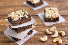 The Best Gluten-Free Cashew Brownies | Foodal.com