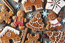 Gingerbread Cookies and Christmas History | Foodal.com