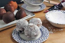 Homemade Jelly Donuts | Foodal.com