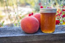 peach jam | Foodal.com